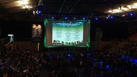 Tak to wygląda - wypełniona publicznością po brzegi hala obiektu Gdynia Arena. OSPŻiA