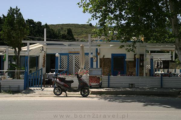 Przydrożna grecka tawerna.