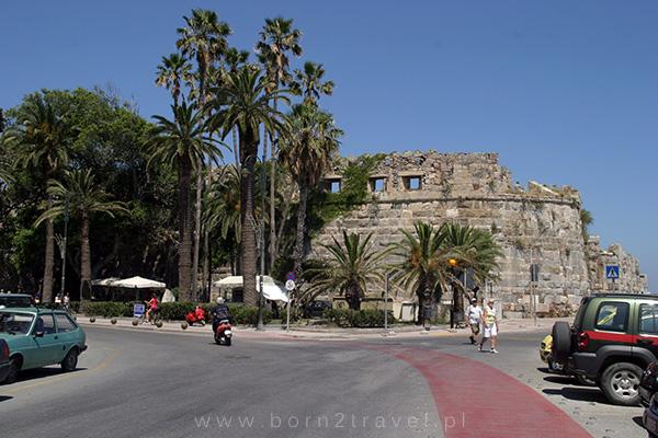 Wjeżdżamy do centrum miasta Kos.