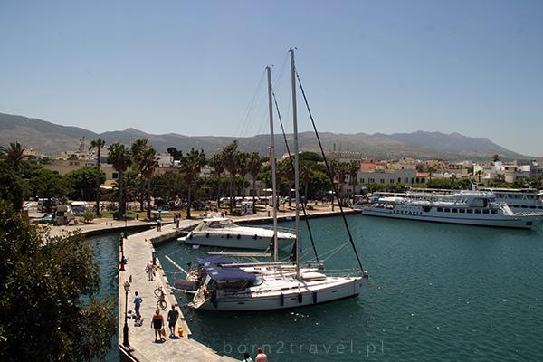 Widok z zamku na port w Kos.