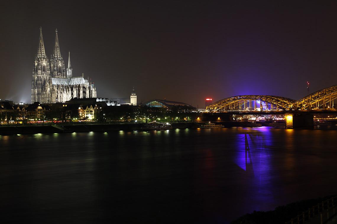 Kolonia nocą - brak słów... Uwielbiam takie widoki!