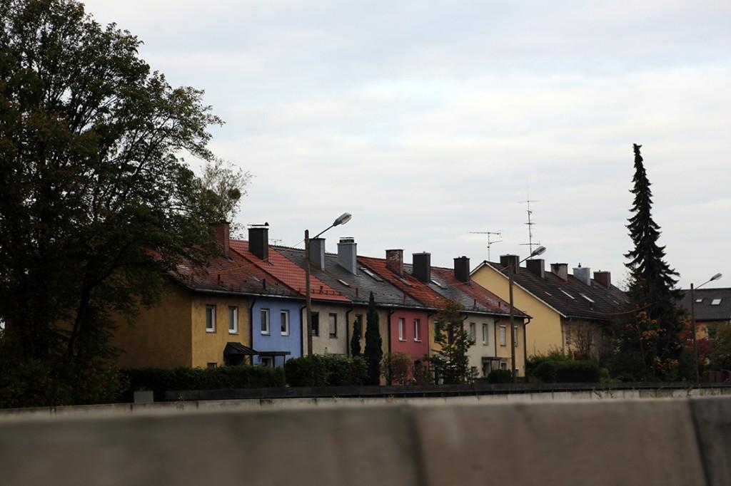Kolorowe domki w Monachium.
