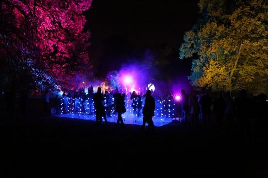 Ten widok w Parku im. Sienkiewicza na Light Move Festival zdecydowanie był moim faworytem.