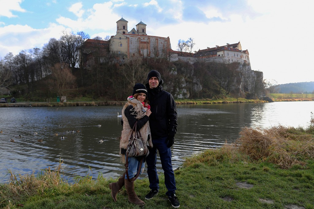 Pamiątkowe zdjęcie na tle Opactwa Benedyktynów w Tyńcu :)
