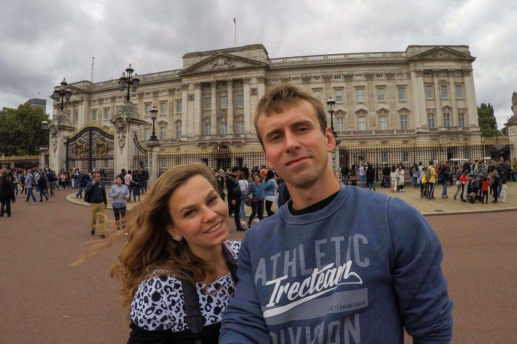 Selfie pod Pałacem Buckingham ;)