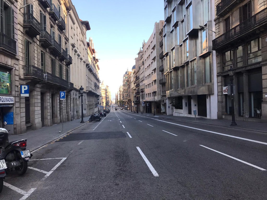 Barcelona - Via Laietana, 23 marca 2020. Fot. Playa Media - https://www.playamedia.com/