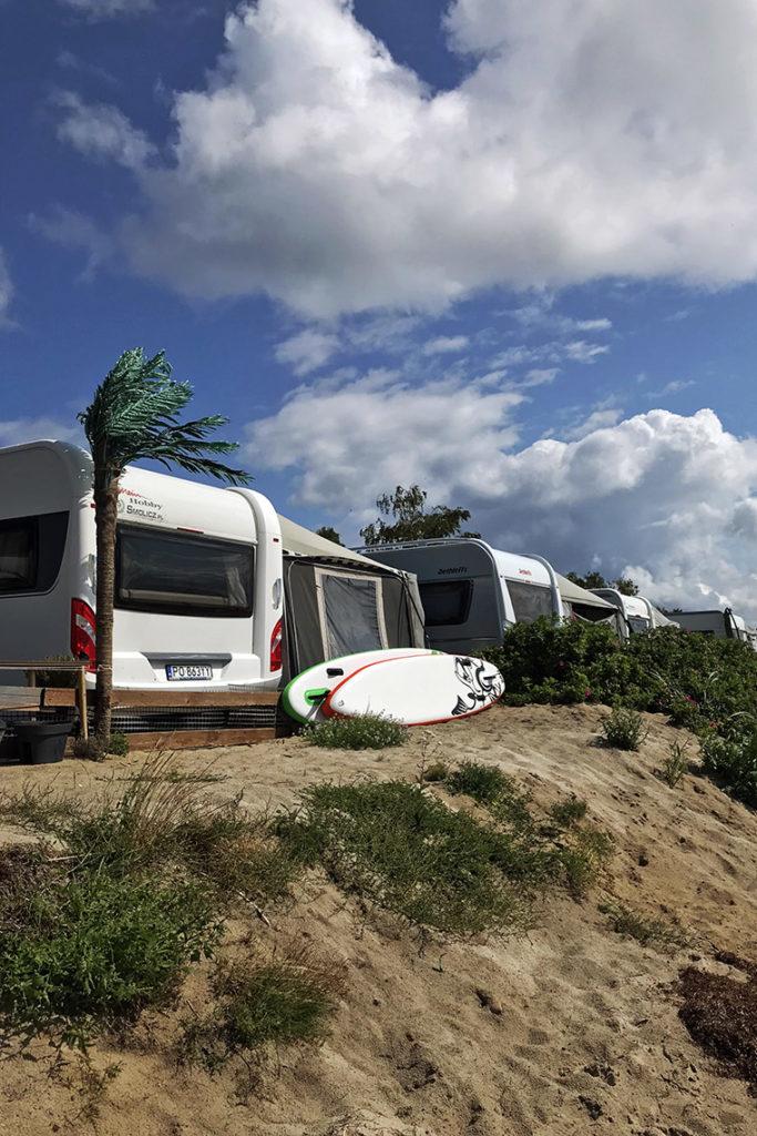 Polskie Hawaje. Camping Maszoperia sun4hel, Jastarnia
