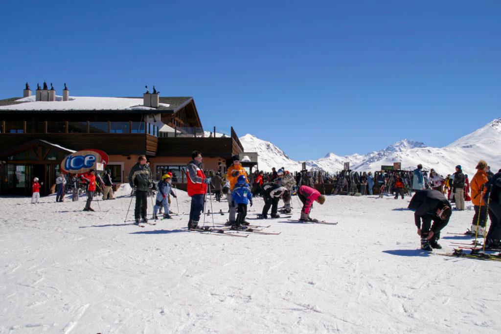 Livigno - narciarze na stoku, 4 kwietnia 2006