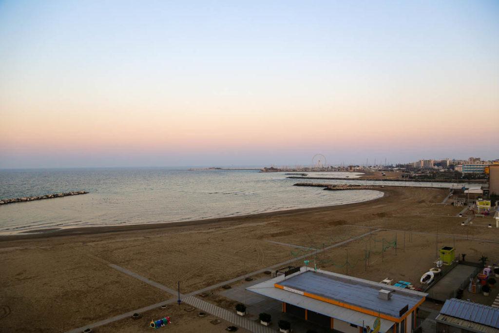 Rimini - plaża o zachodzie słońca, 30 października 2014