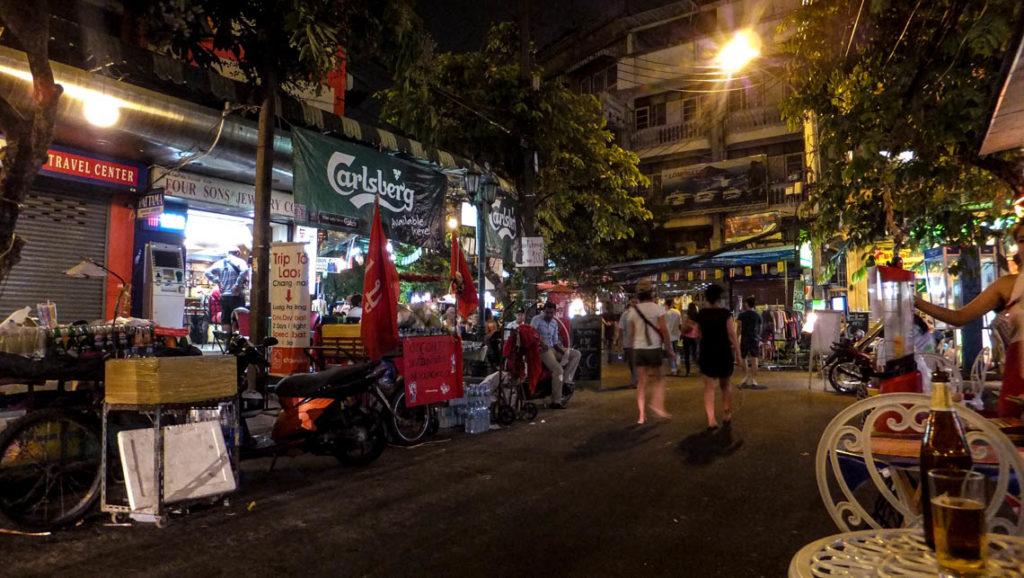 Bangkok - Ram Buttri Road, 27 kwietnia 2012