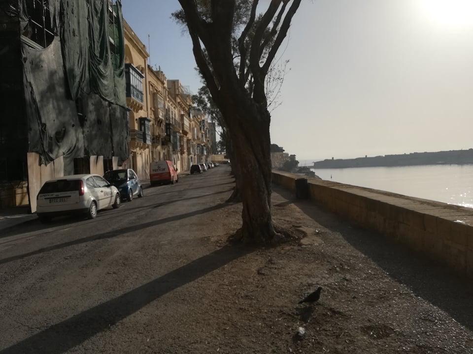 Valletta - St. Barbara Bastion, 17 kwietnia 2020. Fot. Adrienn Molnár