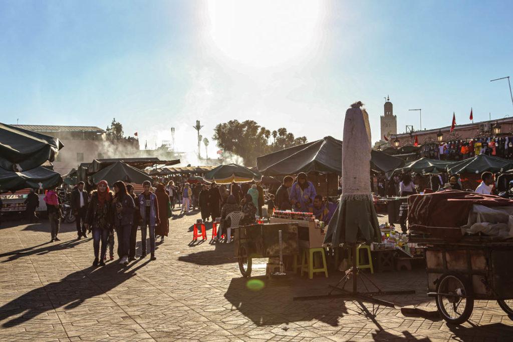 Marrakesz - stragany na placu Jemaa el-Fna, 23 stycznia 2019