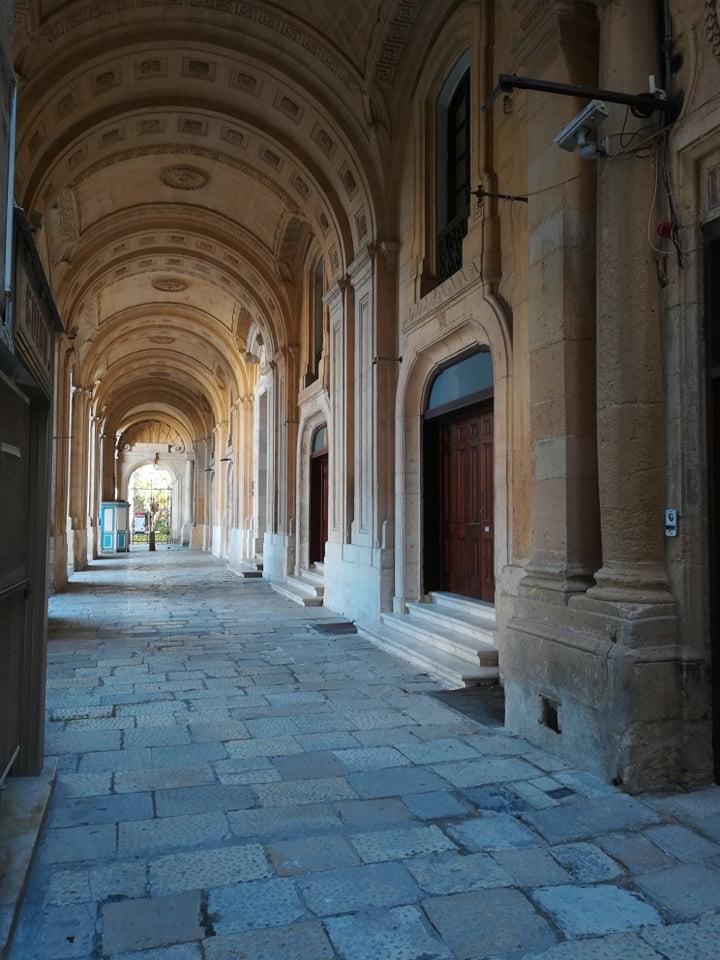 Valletta - Biblioteka Narodowa Malty, 17 kwietnia 2020. Fot. Adrienn Molnár