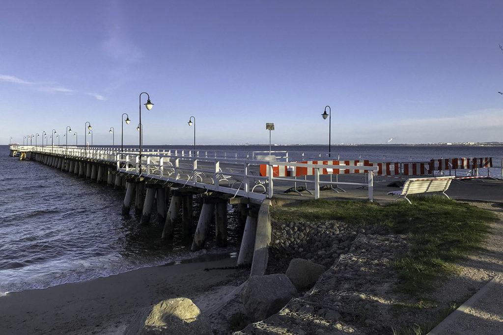 Gdynia - zamknięte molo w Orłowie, 18 kwietnia 2020