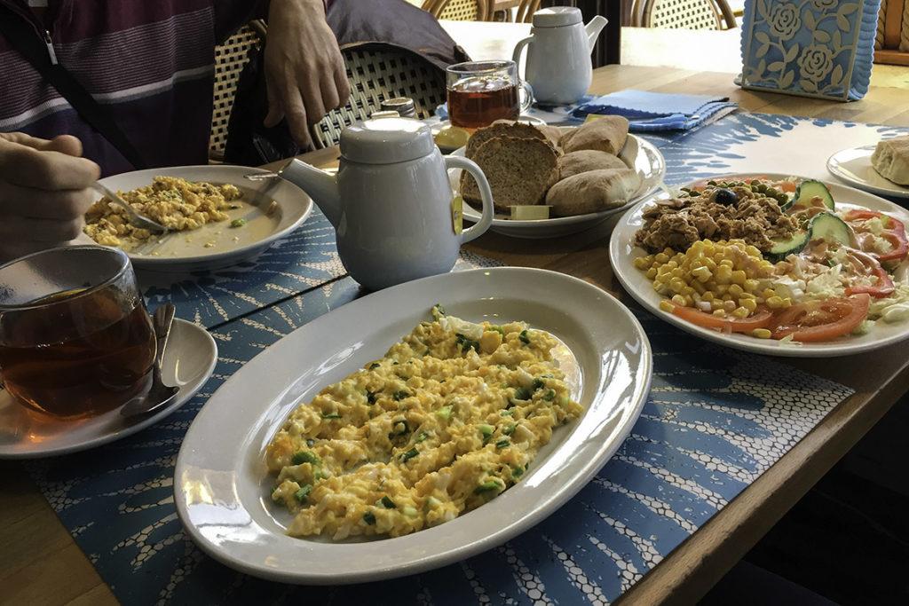 Anker, śniadanie