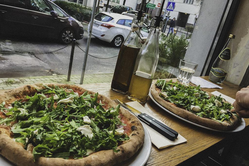 Serio - pizza z widokiem na ulice Gdyni