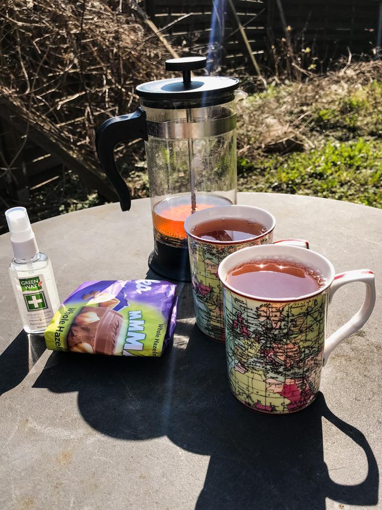 Herbatka na świeżym powietrzu, 7 kwietnia 2020 (pełny lockdown)