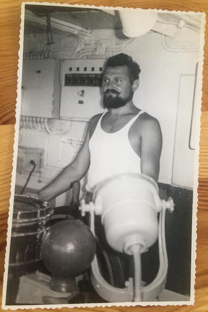 Marynarskie wspomnienia. Mój Dziadek za sterem statku