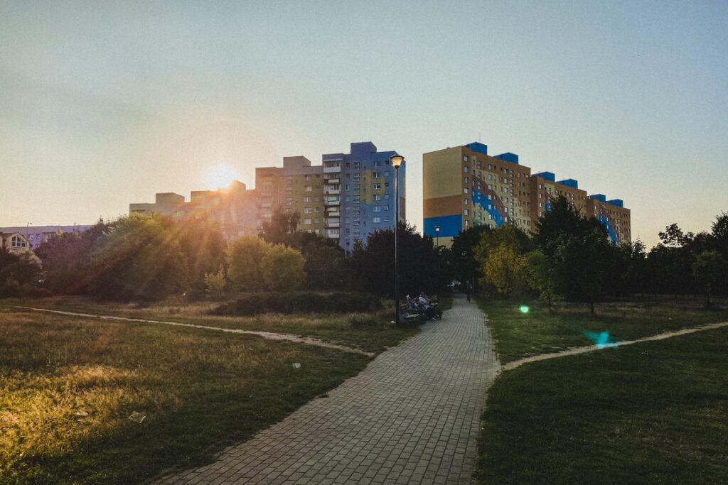 Kolorowe bloki na Zaspie, widok z Parku Millenium