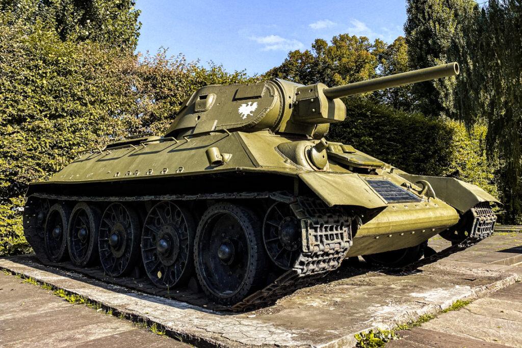 Pomnik-czołg przy al. Zwycięstwa w Gdańsku