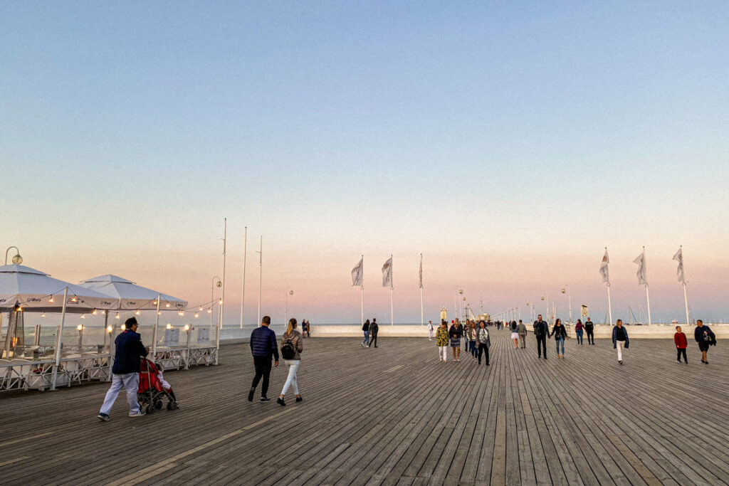 Molo w Sopocie o zachodzie słońca
